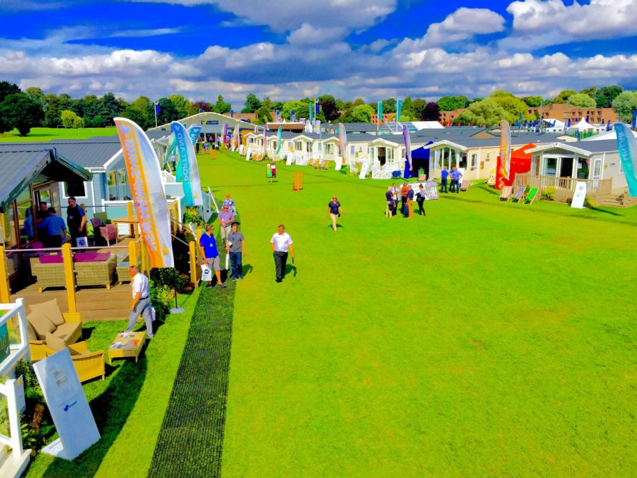 2016 Caravan and Lodge show at The Lawns...!!!